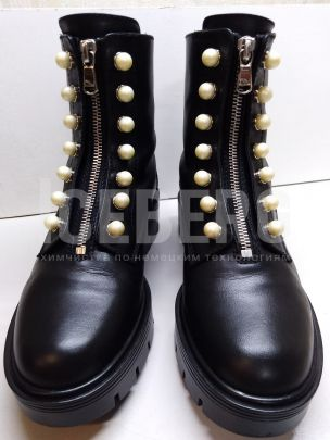 Ремонт черных кожаных ботинок